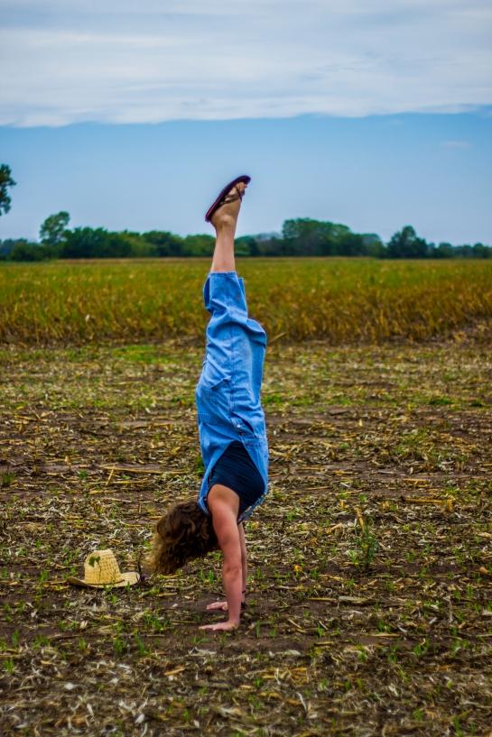 Cassi Kansas Handstand 3 (1)