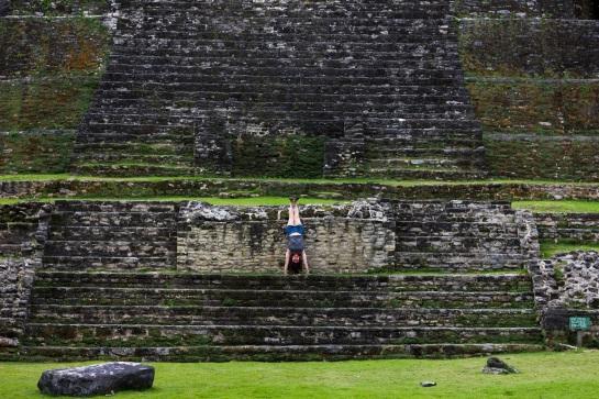 mayanhandstand