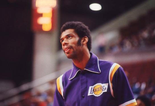 Los Angeles Lakers v Philadelphia Sixers